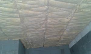 Izolácia stropu RD
